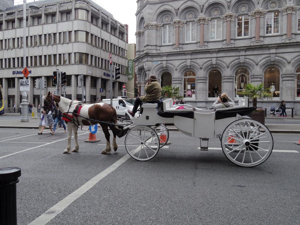 ダブリンで見た馬車